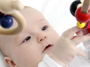 babyspielzeug-motorik