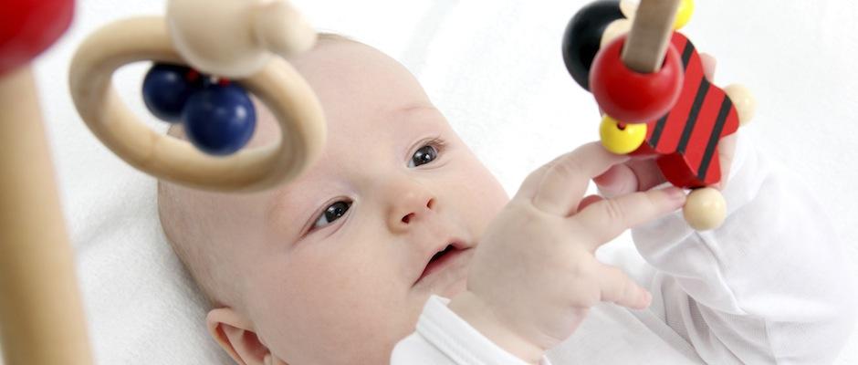 Baby Motorik Spielzeug : baby spielzeuge reiz berflutung oder f rderung der ~ Watch28wear.com Haus und Dekorationen