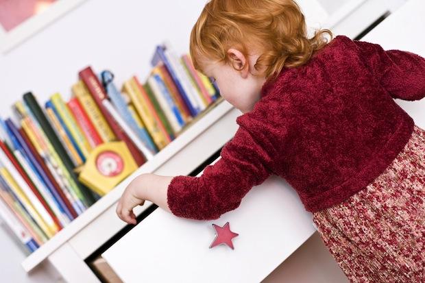 Kinderzimmer kindersicher machen