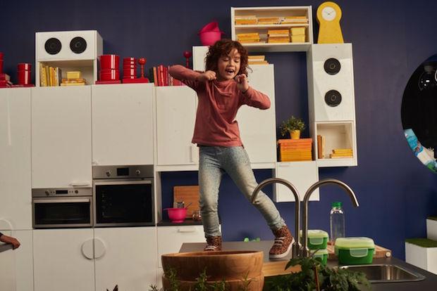 unsere kids in der k che mit ikea eine gute idee. Black Bedroom Furniture Sets. Home Design Ideas