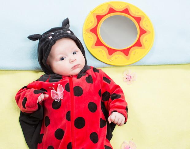 Marienkaefer-Kostuem fuer Babys ersten Karneval | © panthermedia.net / vitmarkov