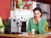 Eine Kaffeemaschine fuer die Familie | © panthermedia.net / Thomas Lammeyer