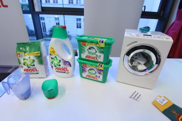 """""""Auch Kleidung altert"""" präsentiert von Procter & Gamble"""