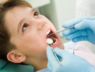 Kind bei dem Zahnarzt | © panthermedia.net /pressmaster